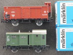 Märklin Konvolut 2x Güterwagen Gepäckwagen 4695 4699 TOP! OVP MS