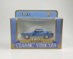 ERTL 2809 Camaro 1969 blaumetallic Modellauto 1:43 OVP Neu ST