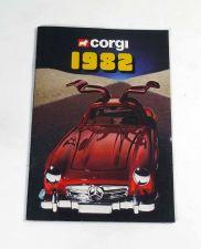 Corgi Katalog 1982 alt neuwertig mit Mercedes 300 SL Gullwing mint NOS