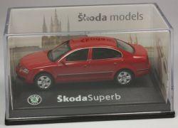 Abrex Skoda Superb Limousine rot Modellauto 1:72 OVP ST