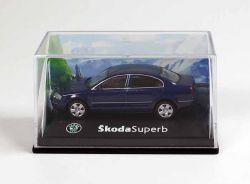 Cararama Skoda Superb Limousine dunkelblau Modellauto 1:72 OVP ST